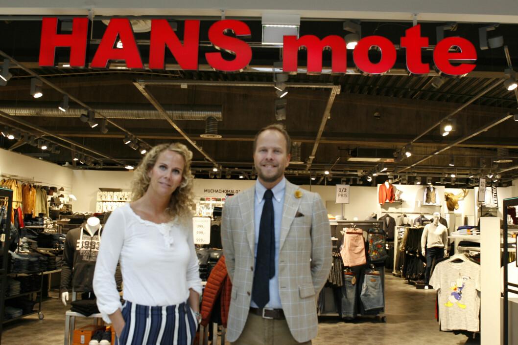 Truls og Trine Håkenstad driver familiebedriften i Buskerud Storsenter videre.