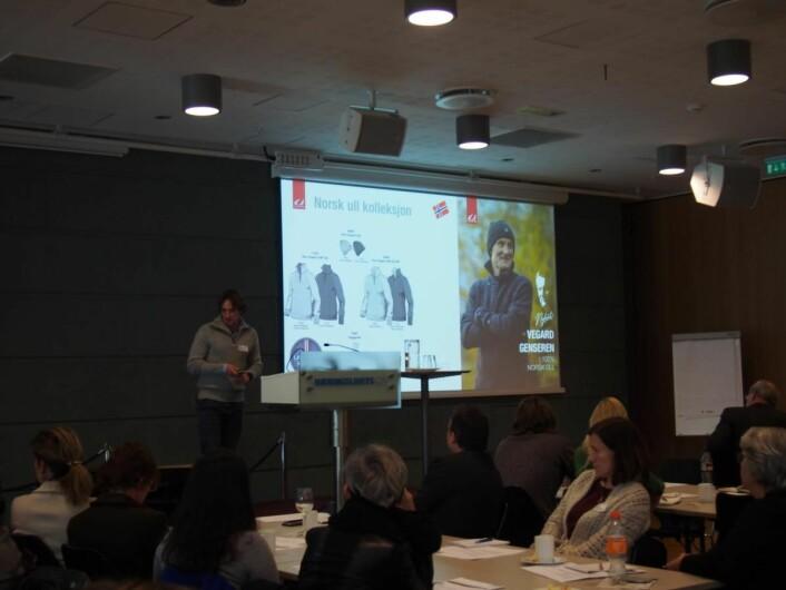 Lars Thronsen fra Ulvang/Swix Sport presenterer Vegard genseren i norsk ull.