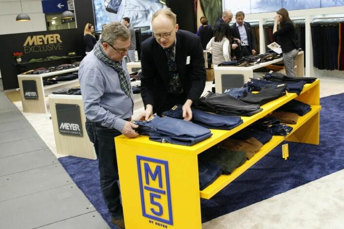 Agent for Meyer, Geir Håkonsløkken ser over merkets nye satsing M5, et nye linje med fem lomemrs jeans.