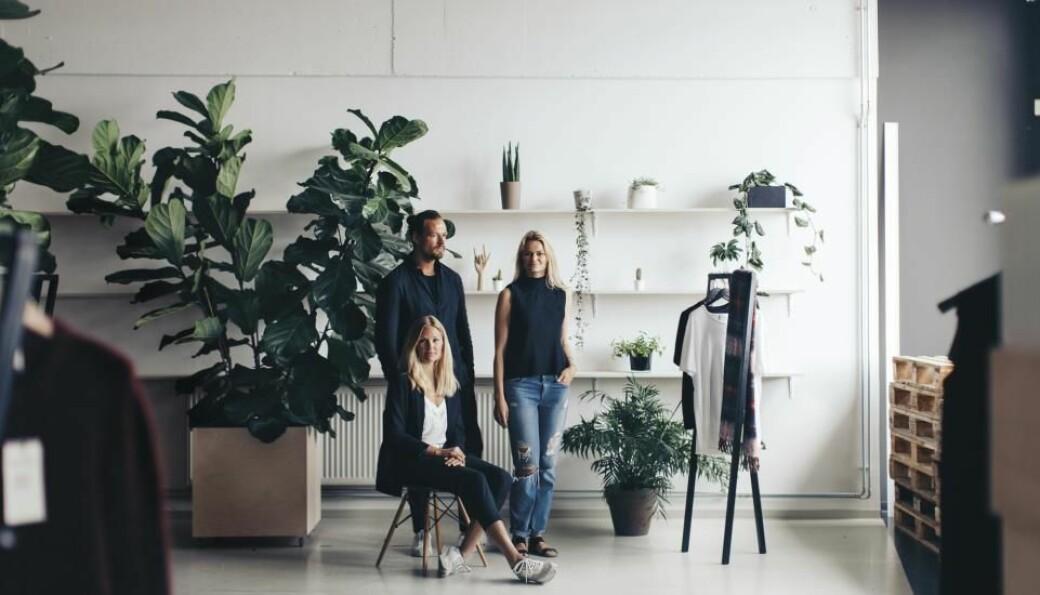 Holzweiler er som vanlig med på visningsprogrammet til Copenhagen Fashion Week. Fra venstre Andreas og Susanne Holzweiler og Maria Skappel Holzweiler.