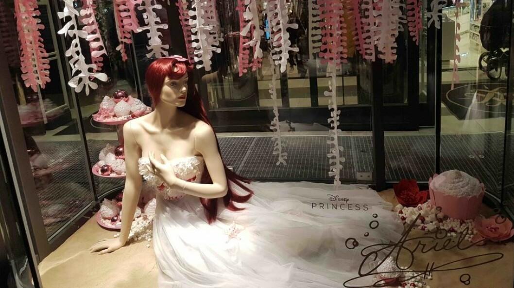 Ariel var en av Disneyprinsesse som skapte stemning i Steen & Strøms juleutstillingFoto: Bjørnar Øverbø