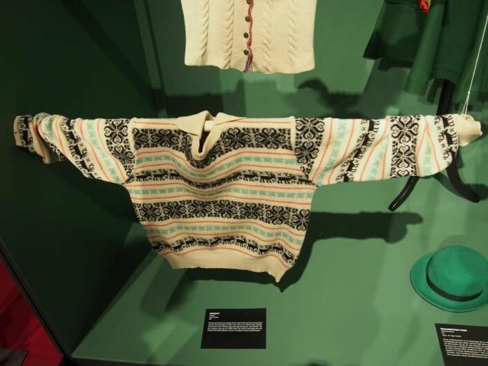 Jäger-genseren med klare referanser til norsk strikk.