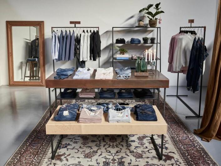 Mos Mosh shop in shop