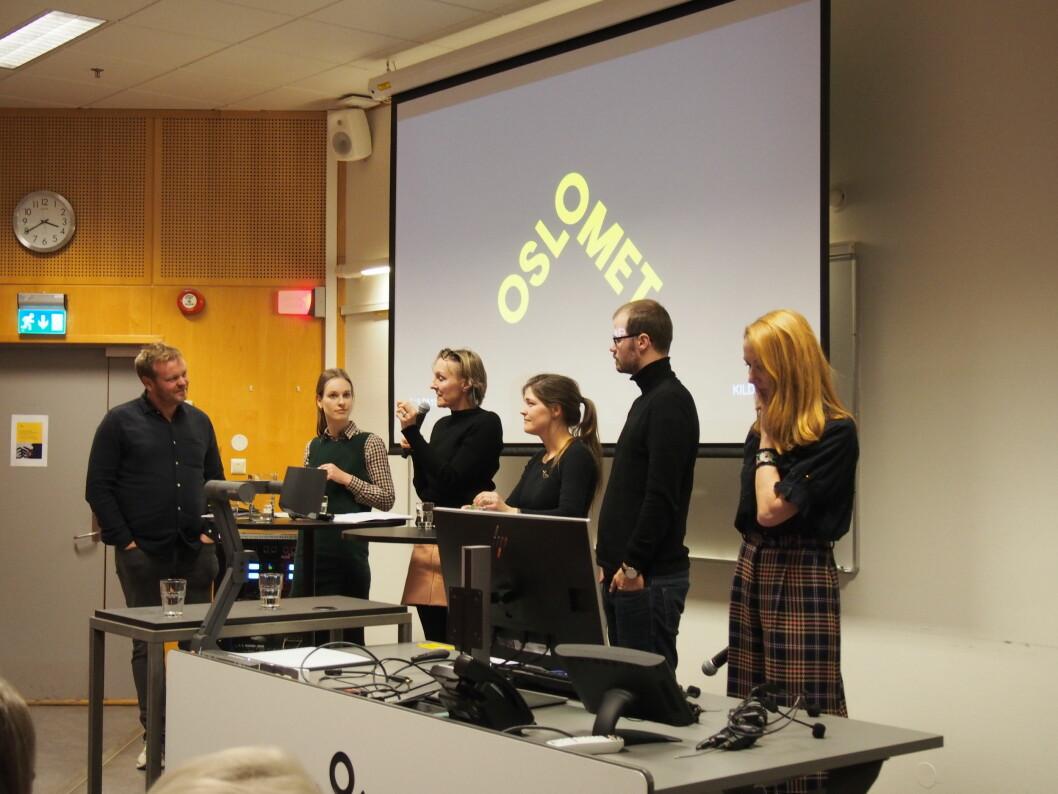 Fra debatten: fra venstre  Andres Ytterstad (OsloMet institutt for journalistikk), Cecilie Røer (Forbrukertilsynet),  Cathrine Dehlie (Footstep og Tekstilaksjonen) , Eva Lutnæs (OsloMet institutt for estetiske fag),  Johannes Daae (Grønt punkt og OsloMet institutt for produktdesign) og konferansier for hele seminaret, Kristin Skare Orgeret (også fra OsloMet institutt for journalistikk).