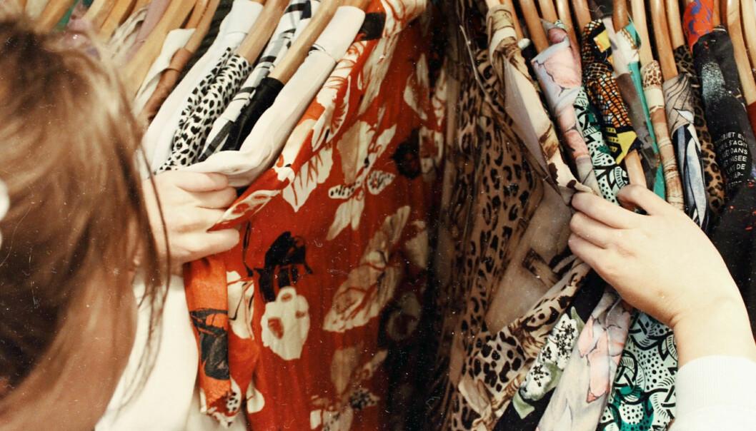 Kjøp av brukte klær er ikke en viktig del av det norske klesforbruket i dag, men den store oppmerksomheten omkring dette fenomenet kan endre dette, mener forskerne bak ny undersøkelse om våre klesvaner.