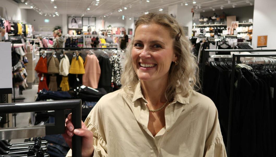– Treningen og målingen gir oss energi og ekstra driv, sier Elise Myhre Hoen, butikksjef på KappAhl på Buskerud Storsenter i Krokstadelva.