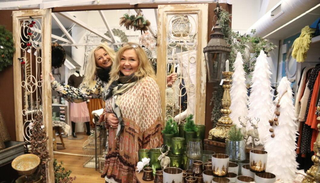Anneli Waaler og Aud Tamburstuen Adsen i Guri Malla strekker seg langt for kundene.