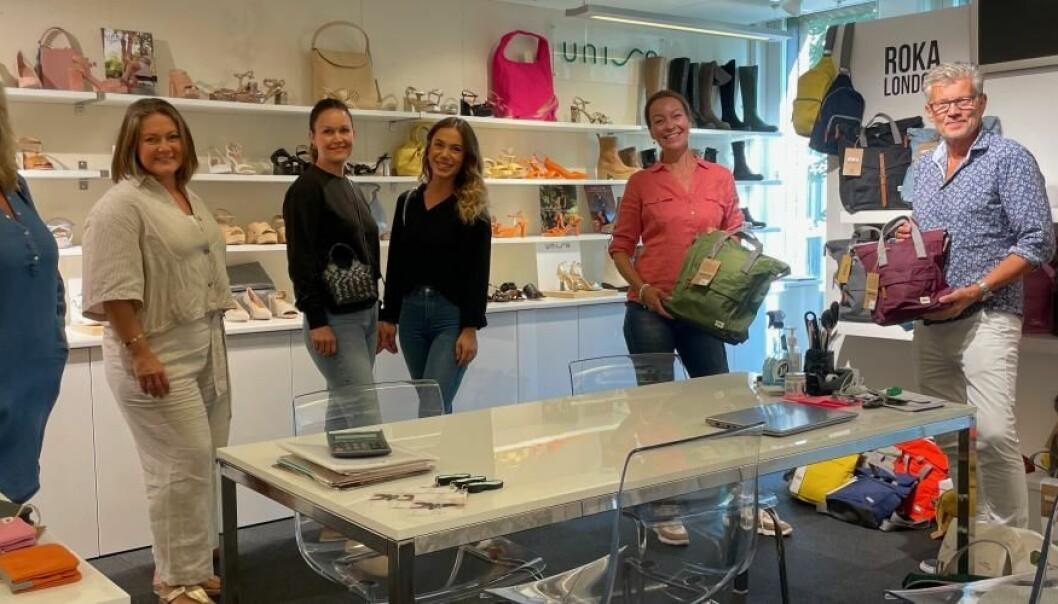 Gjengen fra Trend Sko startet hos Shoetrading som blant annet er agent for Roka London, som er fargeglade sekker og bager.