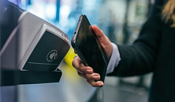 Fire av fem betalinger skjer kontaktløst i Norge