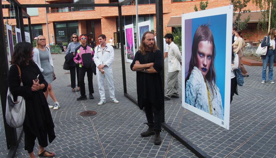 Fotoutstillingen i Oslobukta, Collective Diversity, ble presentert av noen av de deltagene fotografene, blant annet Dusan Reljin.