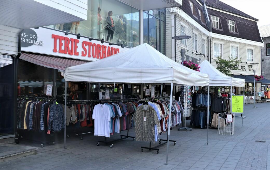 Stort utendørsmarked med masse varer - året rundt!